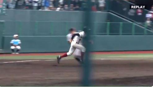 【動画】誤審?走塁妨害?大阪桐蔭側が走塁妨害ではと猛抗議も実らず